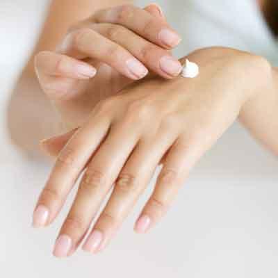 Manicure perfetta tutti gli step